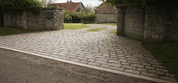 cobble stone driveway